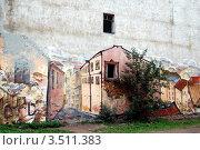 Граффити на стене дома в старом городе, Выборг (2010 год). Редакционное фото, фотограф Светлана Колобова / Фотобанк Лори