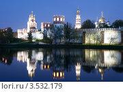 Купить «Новодевичий монастырь. Москва», эксклюзивное фото № 3532179, снято 7 мая 2012 г. (c) Литвяк Игорь / Фотобанк Лори