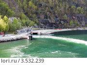 Купить «Отправление парома (Хардангерфьорд, Норвегия)», фото № 3532239, снято 15 мая 2012 г. (c) Евгений Селиванов / Фотобанк Лори