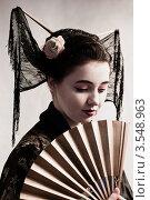 Купить «Девушка в образе гейши», фото № 3548963, снято 23 октября 2011 г. (c) Инга Дудкина / Фотобанк Лори