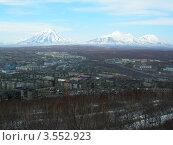 Купить «Петропавловск-Камчатский в мае», фото № 3552923, снято 22 мая 2006 г. (c) Лия Покровская / Фотобанк Лори