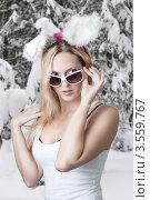 Купить «Стильная блондинка с заячьими ушками зимой», фото № 3559767, снято 25 января 2012 г. (c) katalinks / Фотобанк Лори