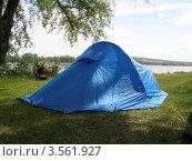 Палатка (2011 год). Редакционное фото, фотограф Ворошилова Анна / Фотобанк Лори