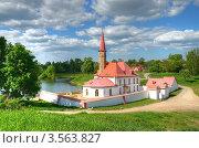 Купить «Приоратский дворец. Гатчина», фото № 3563827, снято 28 мая 2012 г. (c) Татьяна Волгутова / Фотобанк Лори