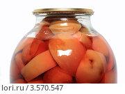 Купить «Консервированные яблоки в стеклянной банке», фото № 3570547, снято 17 февраля 2012 г. (c) Сергей Яковлев / Фотобанк Лори
