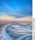 Вид сверху на лесную реку зимой. Стоковое фото, фотограф Владимир Мельников / Фотобанк Лори
