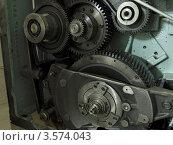 Шестерни печатной машины (2012 год). Редакционное фото, фотограф Алексей Куртеев / Фотобанк Лори