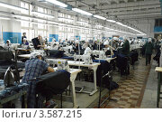 Купить «Швейный цех», эксклюзивное фото № 3587215, снято 24 апреля 2012 г. (c) Free Wind / Фотобанк Лори