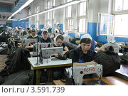 Купить «Швейный цех», эксклюзивное фото № 3591739, снято 24 апреля 2012 г. (c) Free Wind / Фотобанк Лори