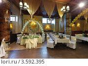 Купить «Интерьер ресторана», фото № 3592395, снято 9 июня 2012 г. (c) Игорь Долгов / Фотобанк Лори