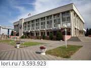 Купить «Администрация города Новочеркасска Ростовской области», фото № 3593923, снято 16 августа 2011 г. (c) Андрей Гривцов / Фотобанк Лори