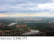 Купить «Вид на город из самолета», фото № 3596171, снято 31 мая 2012 г. (c) Vitas / Фотобанк Лори