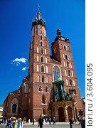 Купить «Мариацкий костел на главной площади Кракова, Польша», фото № 3604095, снято 21 мая 2012 г. (c) Анна Лурье / Фотобанк Лори