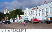 Купить «Владимирский автовокзал», эксклюзивное фото № 3622911, снято 14 июня 2012 г. (c) Яков Филимонов / Фотобанк Лори