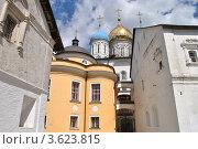 Купить «Новоспасский монастырь. Москва», эксклюзивное фото № 3623815, снято 18 июня 2012 г. (c) lana1501 / Фотобанк Лори