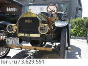 Старинный автомобиль (2012 год). Редакционное фото, фотограф Татьяна Чистякова / Фотобанк Лори