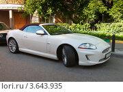 Купить «Автомобиль Jaguar XK», фото № 3643935, снято 19 июня 2012 г. (c) Зобков Георгий / Фотобанк Лори