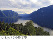 Купить «Вид на южную оконечность Телецкого озера», фото № 3646879, снято 19 августа 2009 г. (c) Круглов Олег / Фотобанк Лори
