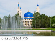 Купить «Мечеть соборная в Майкопе», фото № 3651715, снято 28 мая 2011 г. (c) LenaLeonovich / Фотобанк Лори