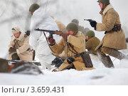 Военно-историческая реконструкция ВОВ (2009 год). Редакционное фото, фотограф Александр Довянский / Фотобанк Лори