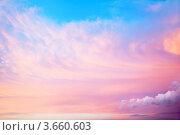 Купить «Красивое небо с облаками», фото № 3660603, снято 12 июня 2012 г. (c) Raev Denis / Фотобанк Лори