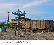 Скважина газовая. Стоковое фото, фотограф Андрей Минулин / Фотобанк Лори