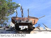 Модель трёхмачтового корабля из дерева. Редакционное фото, фотограф Павел / Фотобанк Лори