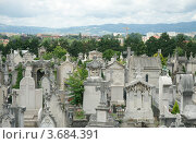 Купить «Кладбище Луаяс на холме Фурвьер, Лион, Франция», фото № 3684391, снято 11 июля 2012 г. (c) Виктория Фрадкина / Фотобанк Лори