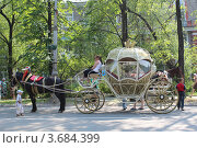 Красивая карета (2012 год). Редакционное фото, фотограф Алексей Багаев / Фотобанк Лори
