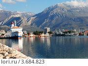 Купить «Причал в Баре (Черногория)», фото № 3684823, снято 3 января 2012 г. (c) Шейнина Ольга / Фотобанк Лори