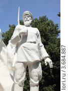 Ополченец - фрагмент мемориала (2012 год). Стоковое фото, фотограф Игорь Веснинов / Фотобанк Лори