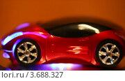 Купить «Компьютерная мышь в виде автомобиля», видеоролик № 3688327, снято 6 июля 2010 г. (c) Losevsky Pavel / Фотобанк Лори