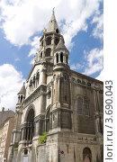 Купить «Церковь Доброго Пастыря (Bon Pasteur, 1883 г.) в исторической части Лиона (объект ЮНЕСКО), Франция», фото № 3690043, снято 11 июля 2012 г. (c) Иван Марчук / Фотобанк Лори