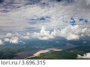 Пойма реки под кучево-дождевыми облаками. Стоковое фото, фотограф Владимир Мельников / Фотобанк Лори