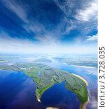 Вид сверху на широкую равнинную реку. Стоковое фото, фотограф Владимир Мельников / Фотобанк Лори