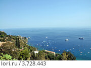 Вид на море с горы города Таормино. Стоковое фото, фотограф Екатерина Слугина / Фотобанк Лори