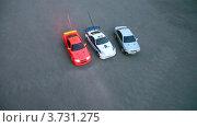 Купить «Радиоуправляемые машинки», видеоролик № 3731275, снято 2 апреля 2011 г. (c) Losevsky Pavel / Фотобанк Лори