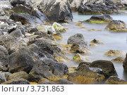 """Камни в """"туманной"""" глади воды. Стоковое фото, фотограф Влад ЩЧ / Фотобанк Лори"""