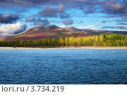 Купить «Чукотский АО, река Анадырь, вид на сопку», фото № 3734219, снято 3 сентября 2005 г. (c) Наталья Спиридонова / Фотобанк Лори