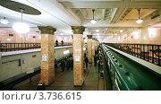 Купить «Московский метрополитен», видеоролик № 3736615, снято 18 мая 2011 г. (c) Losevsky Pavel / Фотобанк Лори