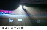 Купить «Два прожектора под потолком», видеоролик № 3740835, снято 24 июня 2011 г. (c) Losevsky Pavel / Фотобанк Лори