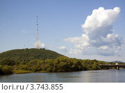 Купить «Телевышка в Биробиджане», эксклюзивное фото № 3743855, снято 11 августа 2012 г. (c) Дмитрий Фиронов / Фотобанк Лори