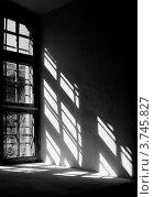 Свет от окна в замке. Стоковое фото, фотограф Анастасия Филиппова / Фотобанк Лори