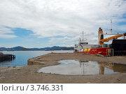 Пристань в порту Moresby, Папуа Новая Гвинея (2011 год). Редакционное фото, фотограф Daniil Nasonov / Фотобанк Лори