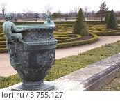 Архитектурный элемент в парке дворца Версаль, Франция. Редакционное фото, фотограф Николаева Наталья / Фотобанк Лори