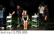 Купить «Тим Хартли и Наташа Королева на Davines Hair Show 2010», видеоролик № 3755303, снято 3 декабря 2011 г. (c) Losevsky Pavel / Фотобанк Лори