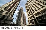 Купить «Строящиеся небоскребы», видеоролик № 3756911, снято 26 августа 2011 г. (c) Losevsky Pavel / Фотобанк Лори