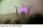 Купить «Популярный датский Диджей Armin Van Buuren на сцене», видеоролик № 3757527, снято 13 декабря 2011 г. (c) Losevsky Pavel / Фотобанк Лори