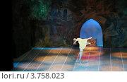 Купить «Театр Новая Опера», видеоролик № 3758023, снято 2 ноября 2011 г. (c) Losevsky Pavel / Фотобанк Лори