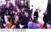 Купить «Милла Йовович приходит в ТЦ Вегас», видеоролик № 3759859, снято 30 сентября 2011 г. (c) Losevsky Pavel / Фотобанк Лори